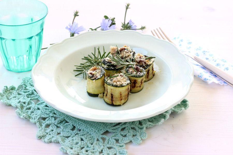 Involtini di zucchine e tonno ripassati al forno