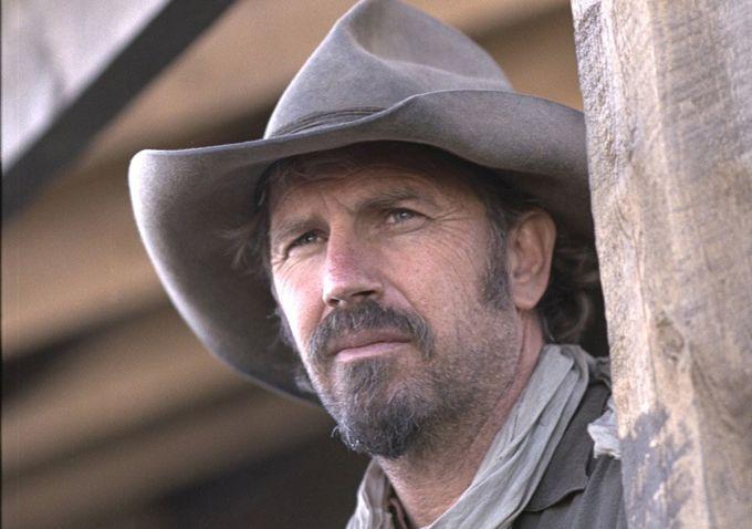 Kevin Costner nel film Terra di Confine
