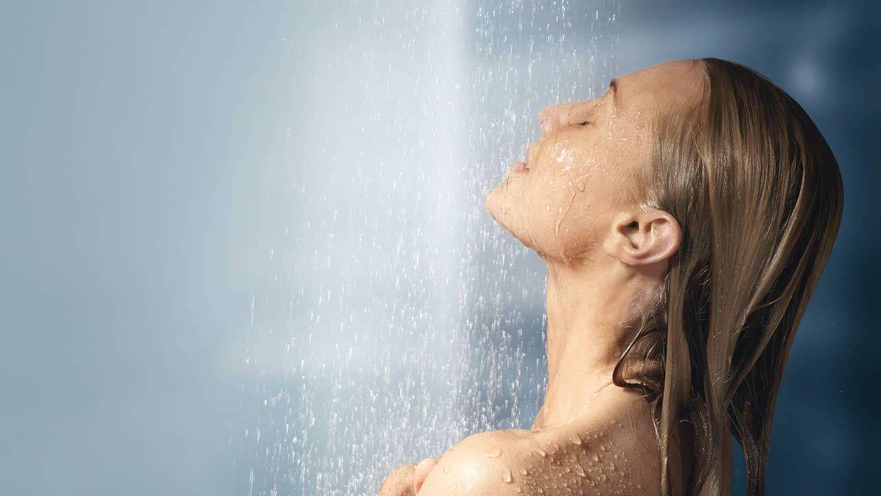 showering1