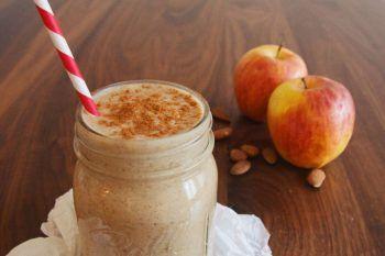 La gustosa ricetta dello smoothie alla torta di mele