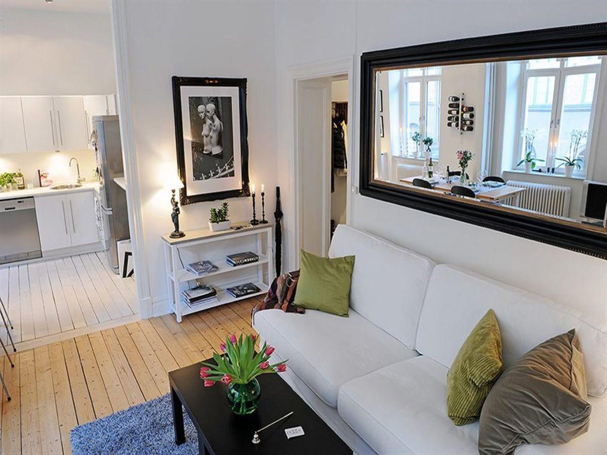 Case piccole ispirazioni e suggerimenti bigodino - Arredare con specchi ...