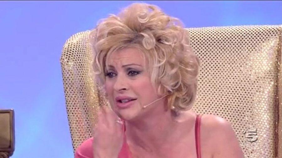 """urlare come Tina Cipollari a """"Uomini e Donne"""", non è sexy..."""