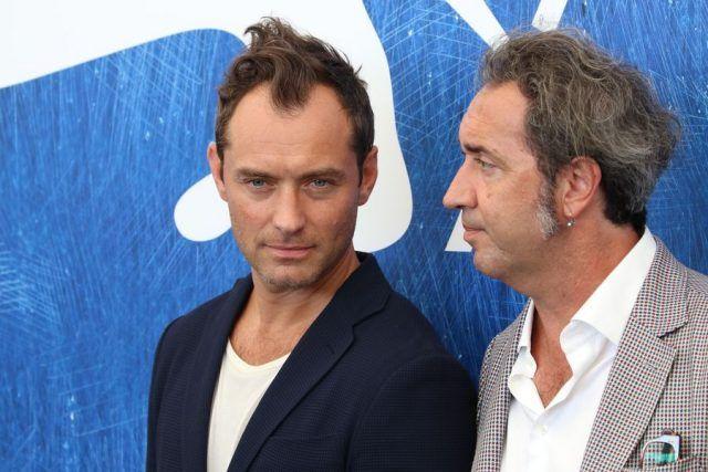 Jude Law e Paolo Sorrentino per il Photocall di The Young Pope