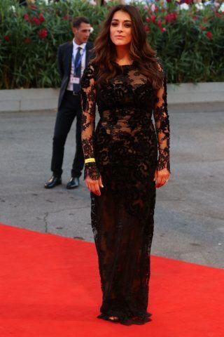 Valentina Lodovini sul red carpet di The Young Pope