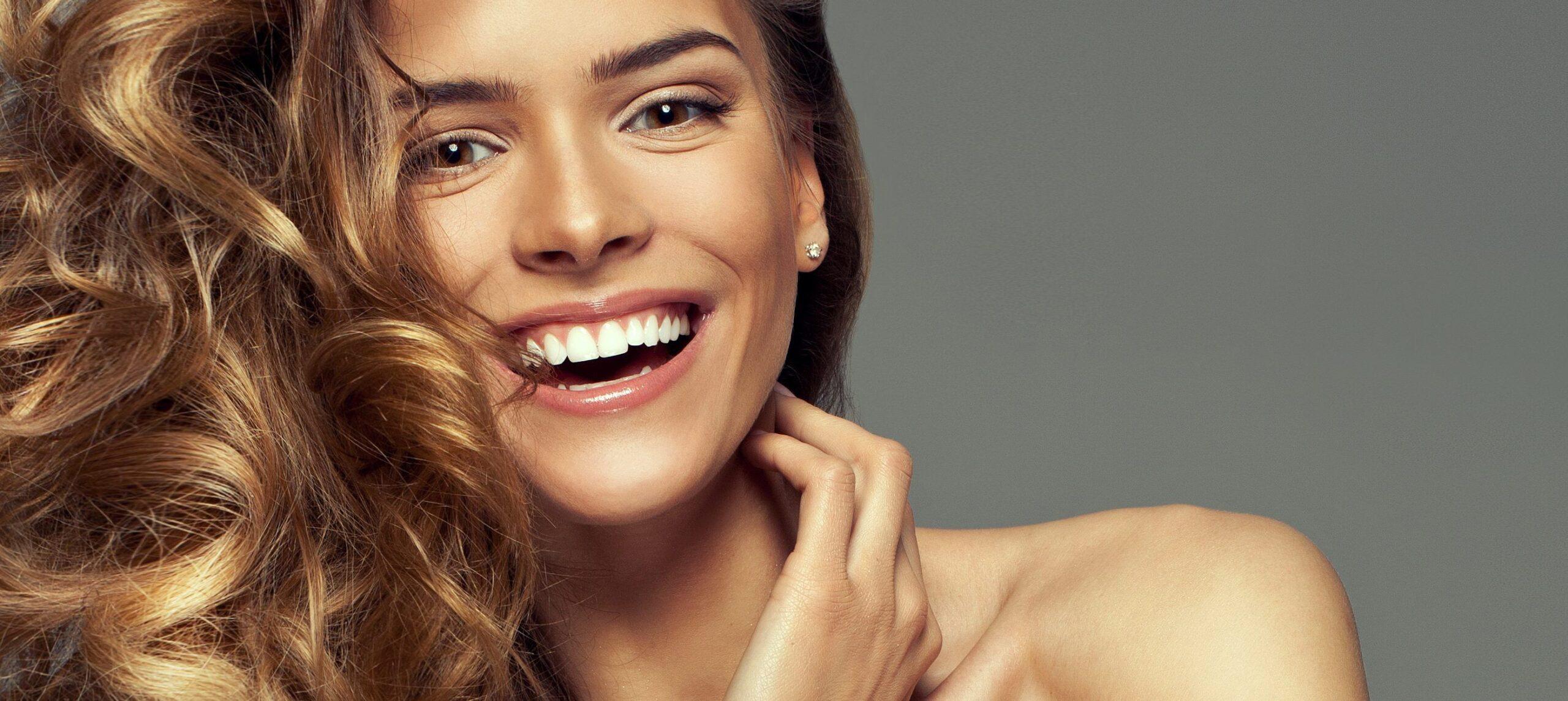 Integratori di vitamine per capelli sempre sani