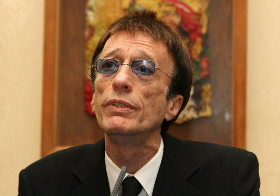 LONDON, ENGLAND - NOVEMBER 24: Robin Gibb talks during the Diana Awards at Number 11 Downing Street on November 24, 2009 in London, England. The Diana Awards, founded in 1999, in memory of Princess Diana are presented to young people from all circumstances and sections of society who invest a huge amount of energy to improve the lives of others. (Photo by Chris Jackson/Getty Images) *** Local Caption *** Robin Gibb