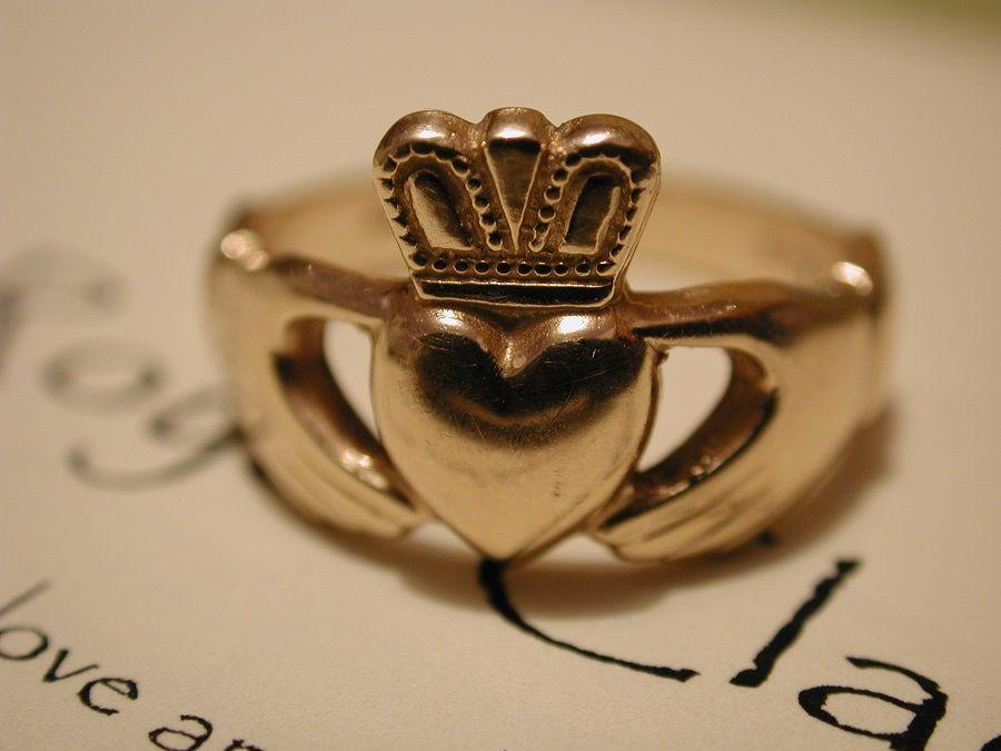 Il Claddagh Ring, anello simbolo di amore, amicizia e lealtà