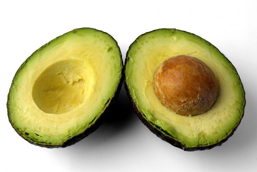 L'avocado combatte le rughe sul collo