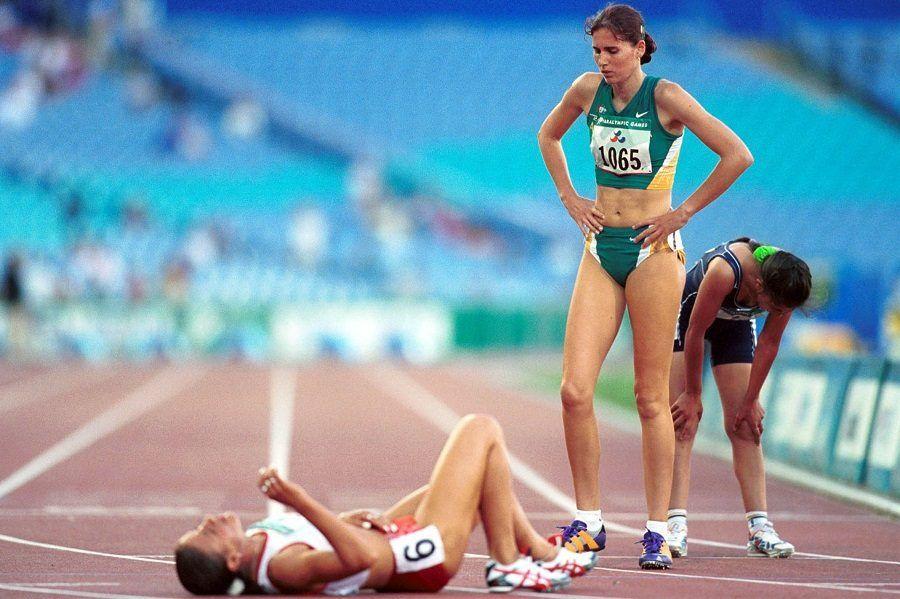 Atleti stanchi dopo una corsa