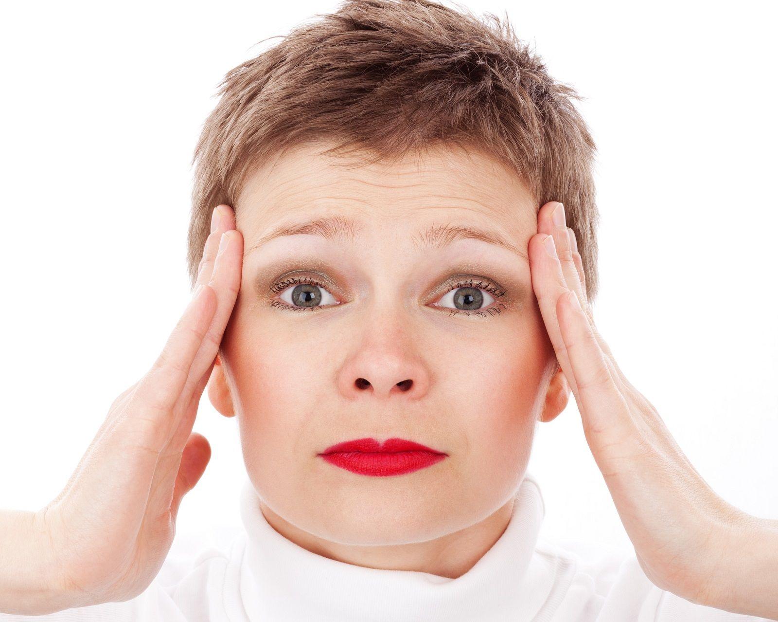 Quali sono le cause di aura visiva?