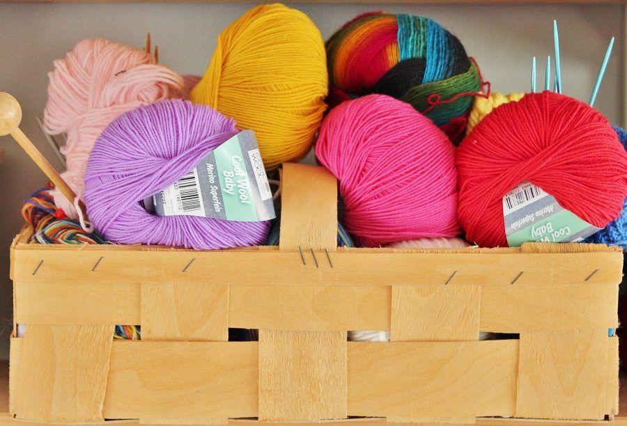 Gomitoli di lana: pungeranno o no?