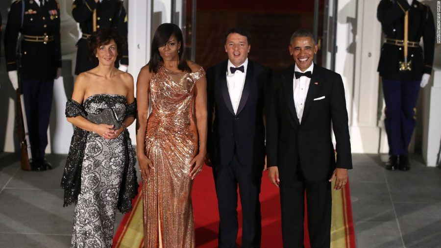 Che eleganza per le due coppie... Anche se Barack vince per le espressioni!