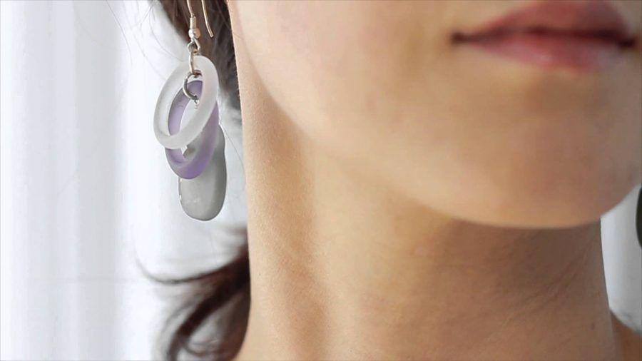 Usate sempre orecchini anallergici senza nichel