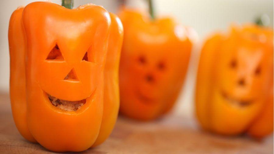 Peperoni intagliati per Halloween