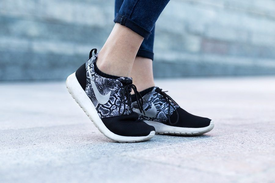 Per prevenire i calli, meglio usare scarpe morbide