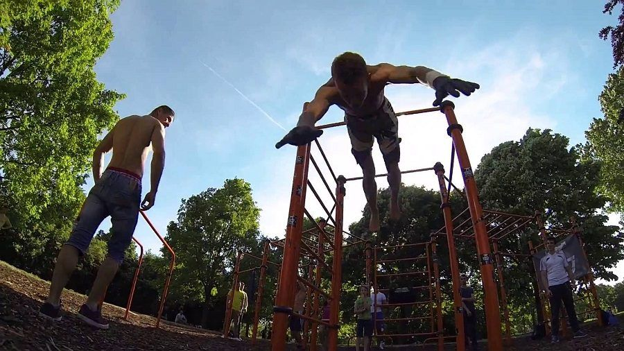 Street Workout in un parco