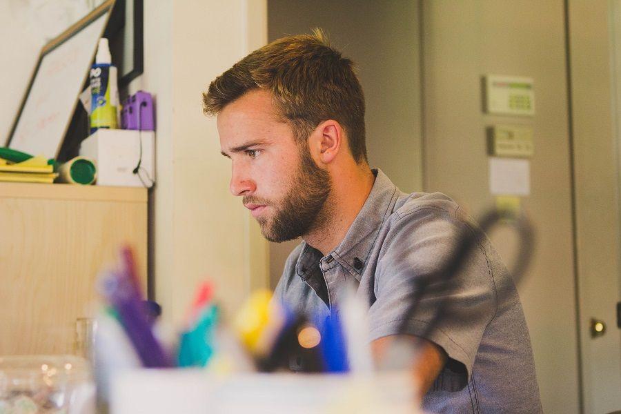 Stress da lavoro colpisce anche chi lavora da casa