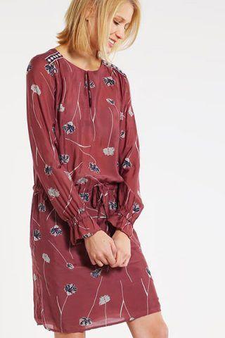 Vestito con fantasie floreali di Culture (80 €)