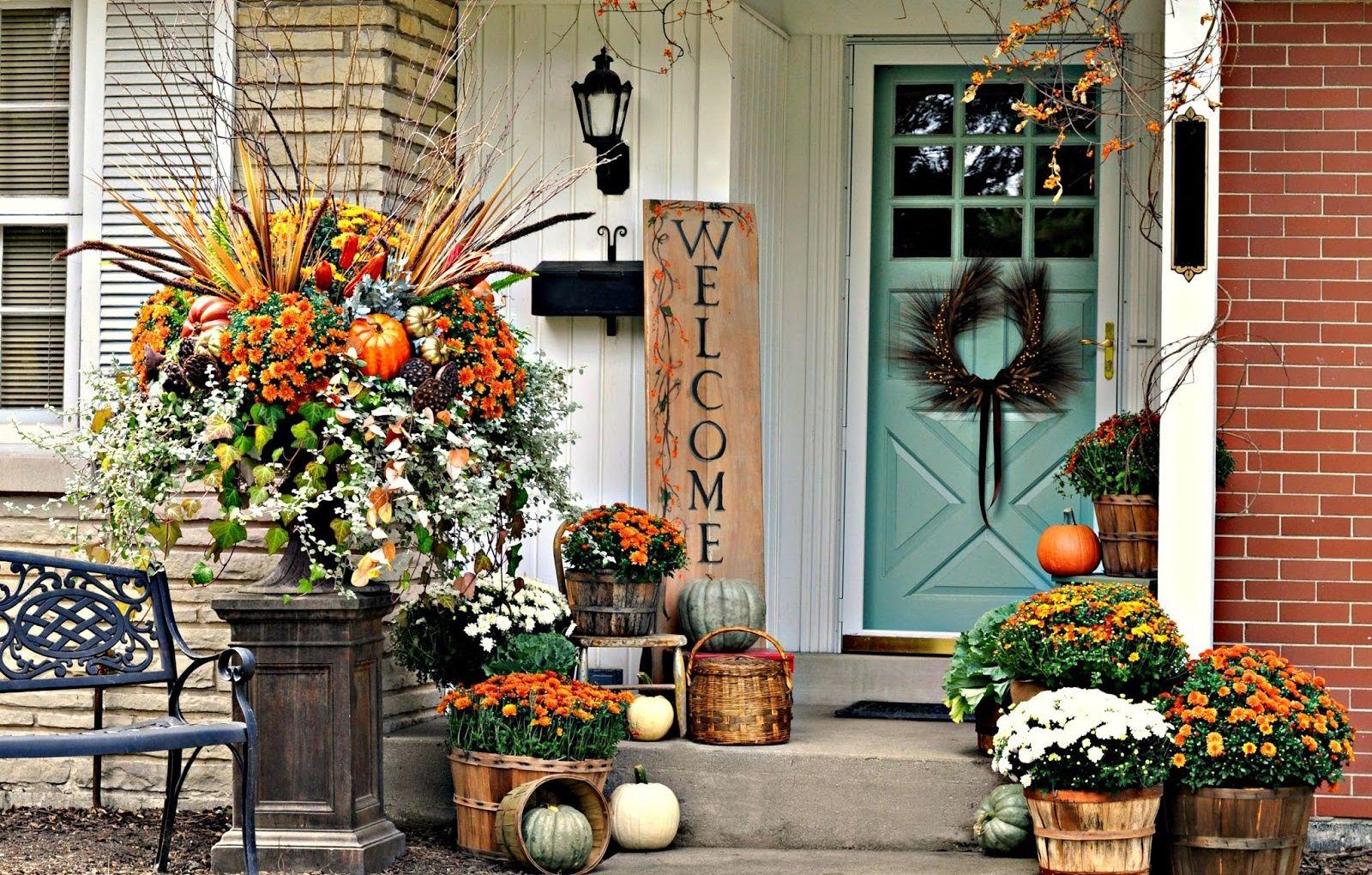 Porta d'ingresso in autunno
