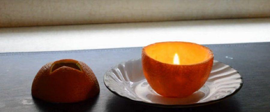 Una candela fatta con l'arancia