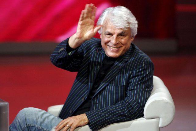 Michele Placido tra i firmatari di un appello per il Sì del mondo dello spettacolo.