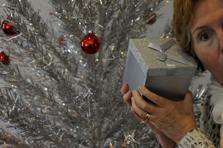 Ci sarà un altro regalo di Natale orrendo qui?