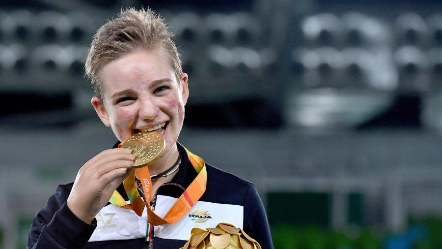 Bebe Vio medaglia d'oro scherma alle paraolimpiadi