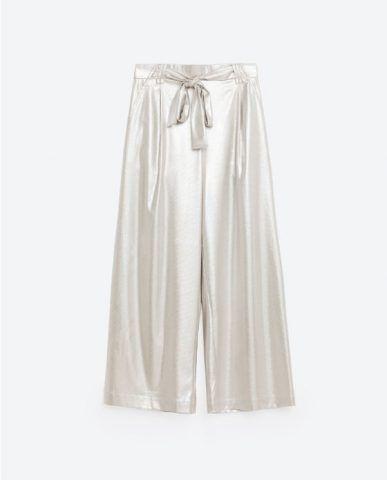 Pantaloni morbidi metal Zara €9,99