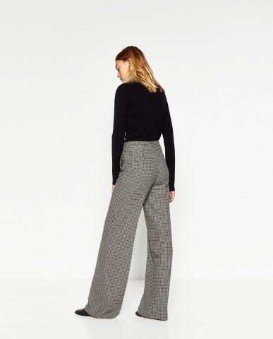 Pantaloni larghi a quadri Zara €59,95