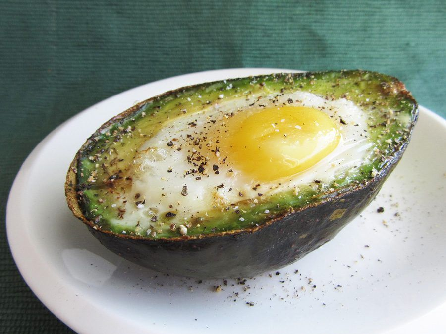 Uova con avocado