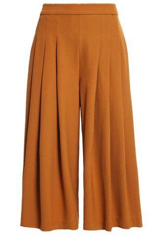 Pantaloni rubber YAS €70