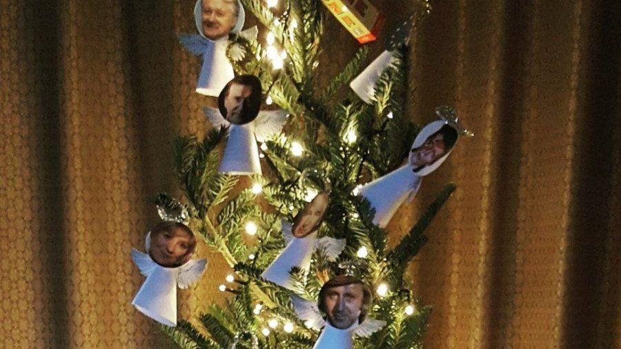 Tutte le morte più famose del 2016 in un albero!
