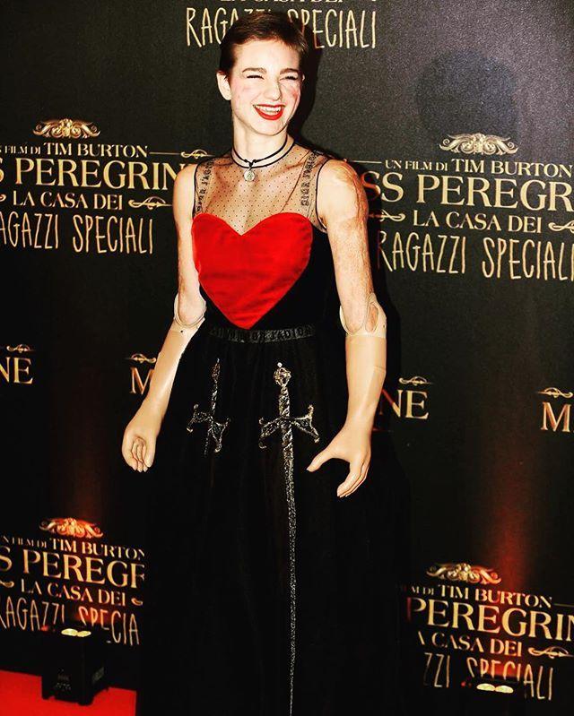 Bebe Vio sul red carpet di Miss Peregrine a Roma