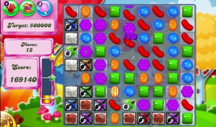 Chi vuole fare una partita a Candy Crush Saga?