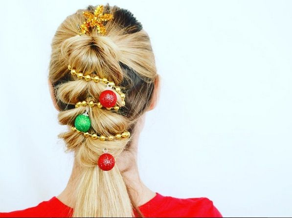 Christmas Tree Hair regale