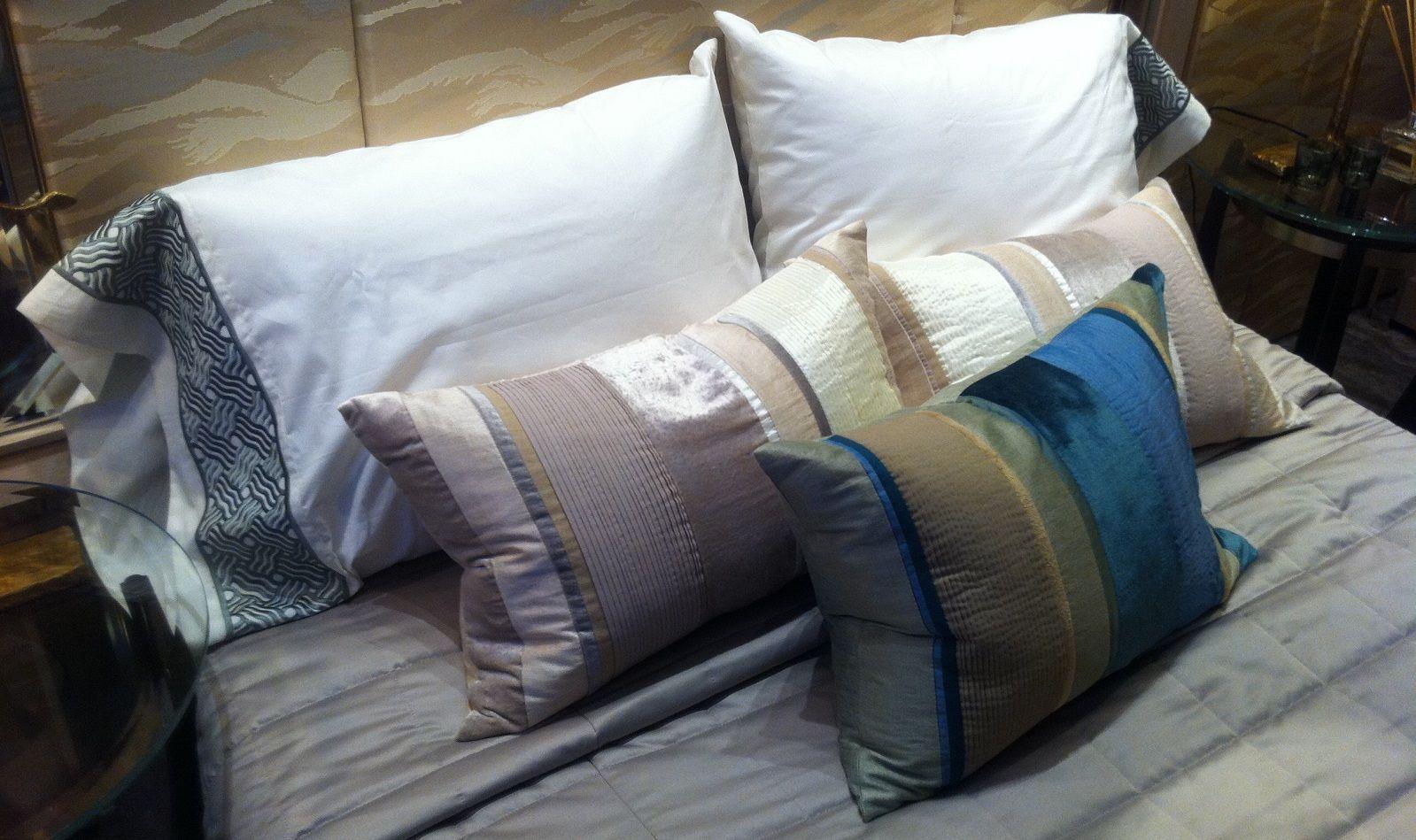 Dormire Con Due Cuscini.Quanto Deve Essere Alto Il Cuscino Per Dormire Bene Bigodino