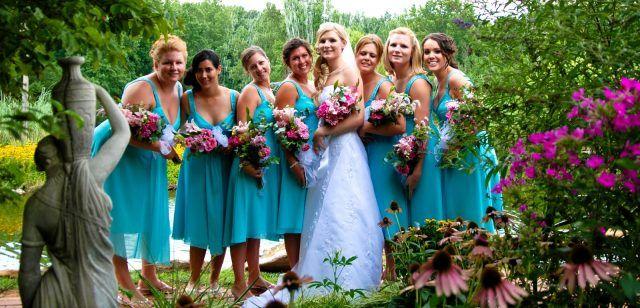 sports shoes 3d818 a4457 Lenti a contatto uguali ai vestiti: la richiesta della sposa ...