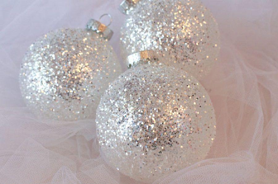 diy-white-silver-glitter-ornaments-main