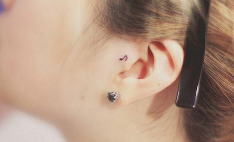 Tatuaggi sull'orecchio, nota musicale