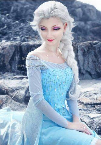 Andressa Damiani in versione Elsa