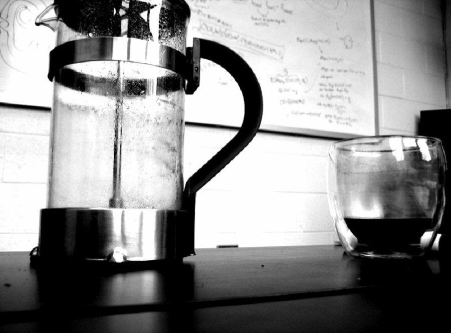 Il french press è utile per fare il caffè lungo all'americana