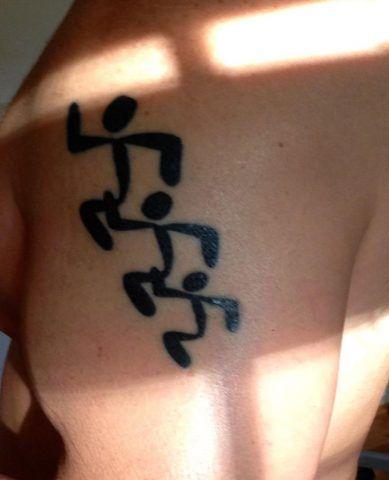 Tatuaggi per amanti del fitness: running