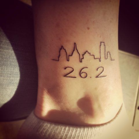 Tatuaggi per amanti del fitness: maratona