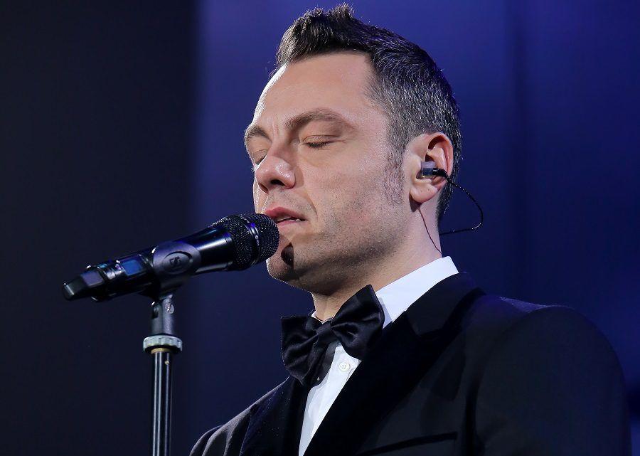 Riuscirà a conciliare la carriera da cantante con il fatto di diventare padre?