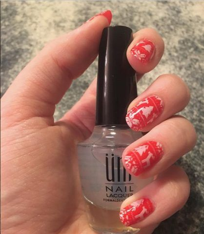 Ugly Sweater Nails, rosso e bianco