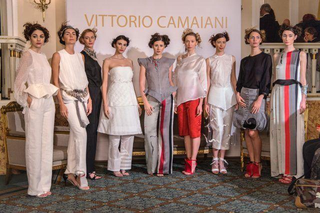 Alla Corte di Velazquez - Vittorio Camaiani P/E 2017
