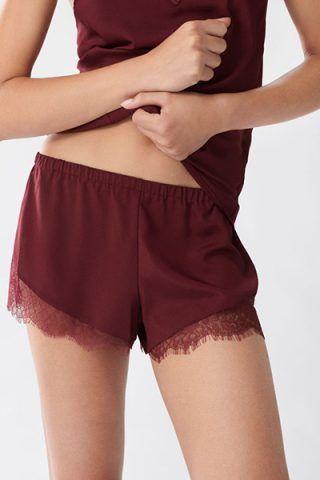 Shorts in pizzo di Oysho (12,99 €)