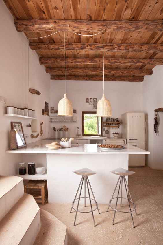 cucina semplice e luminosa