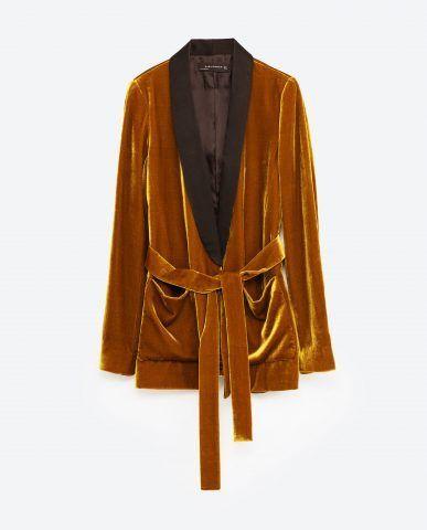 Blazer velluto con cintura Zara €89,95