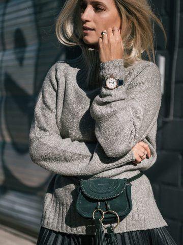 Maglione grigio e gonna plissé - Dal blog The Fashion Guitar